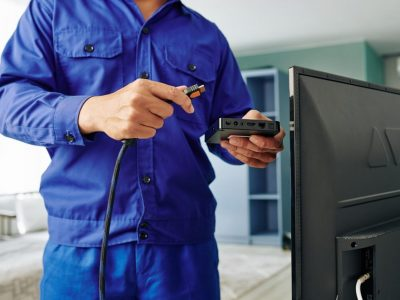 electrician-installing-digital-tv-receiver-HN3P7MPx1600-min